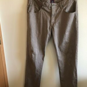 Untuckit tan pants - mens 35 x 32 relaxed fit